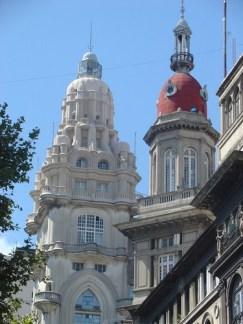 Cúpulas del Edificio Barolo y de la Inmobiliaria.