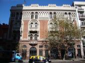 Fachada casa de los Pavos Reales