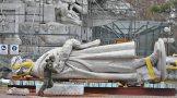 Colón descansando antes de ser trasladado a la Costanera